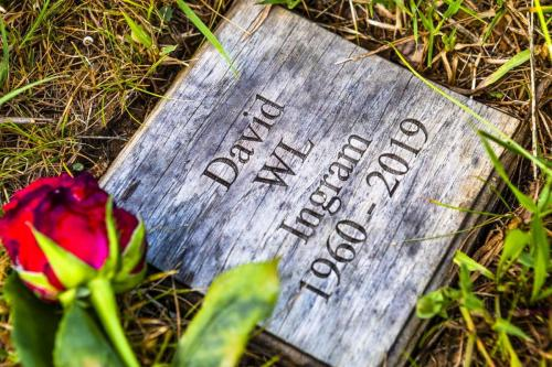 2020-06 Memorial Wooden Grave Markers - Ingram RW50